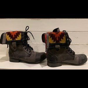 Steve Madden Boots Size 5.5
